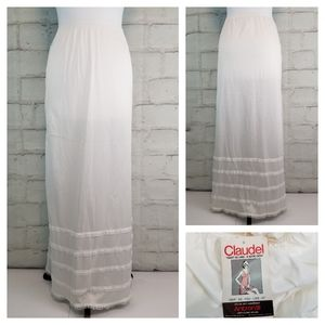 NWT Vintage Claudel S White Adjustable Maxi Slip